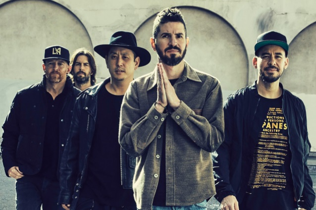 linkinpark2017withoutchester_638.jpg